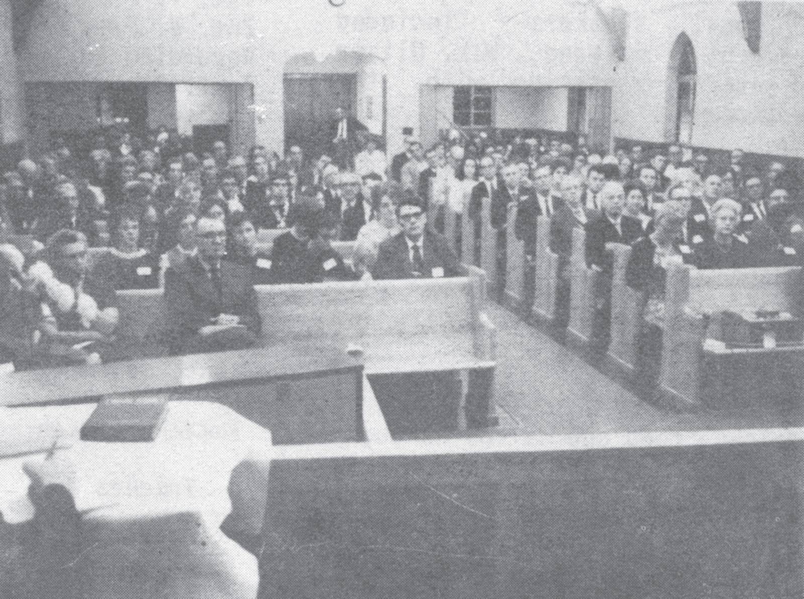 1970-crowd